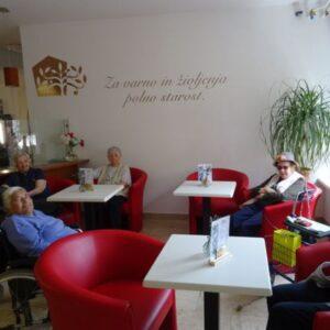 Kavarna dom upokojencev Vrhnika